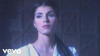 Смотреть клип Giorgia - Riguarda Noi