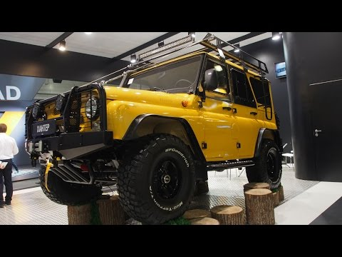 UAZ HUNTER 4x4 Offroad Tuning  -  Exterior And Interior Walkaround - Moscow Offroad Show 2015