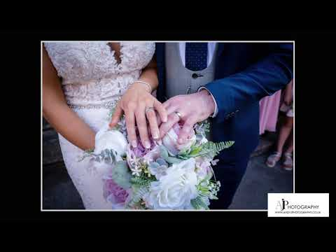 A Fabulous Wedding at The Hilton Double Tree - Liverpool - By Andy J Photography