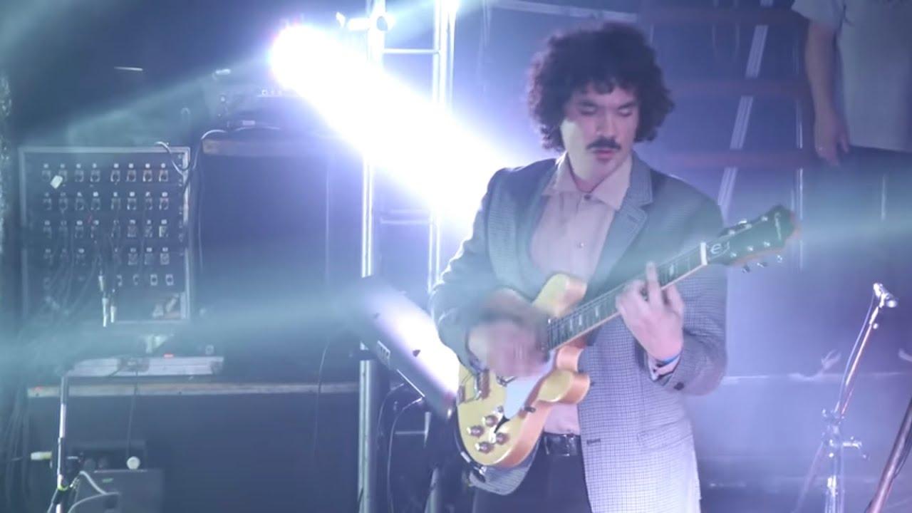 Download Las Sombras (vivo en Niceto Club)