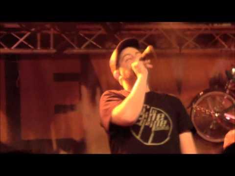 Youtube: L'Hexaler – A l'heure qu'il est / Live Scred Festival