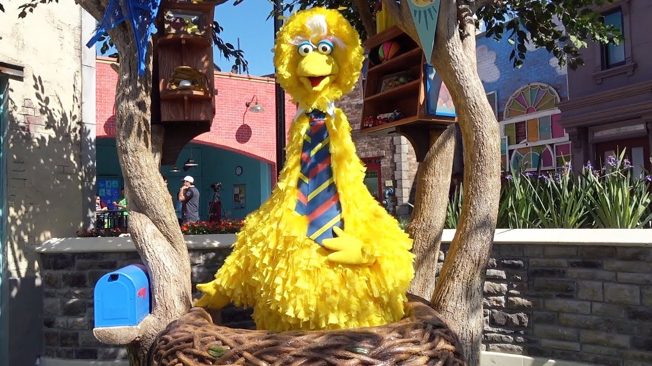 Picture of Twist 'n' Whirl' by Big Bird