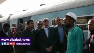 «حجازي» يتابع أعمال تطوير محطة قطارات أسوان ويطالب بتشديد الإجراءات الأمنية.. فيديو وصور