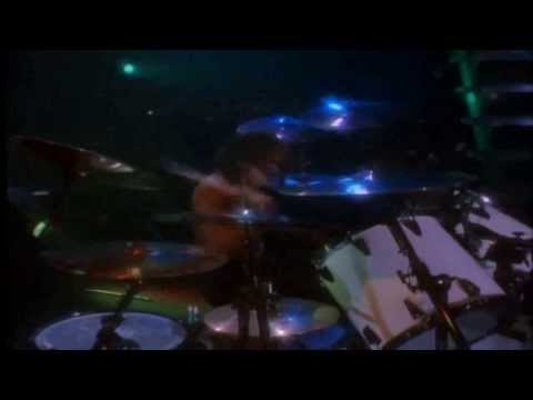 Lars Ulrich And James Hetfield Battling On The Drums + Lars Drum Solo Live In San Diego 1992