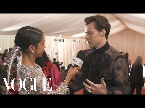 Harry Styles on His Sheer Gucci Outfit and Being Met Gala Co-Chair | Met Gala 2019 With Liza Koshy