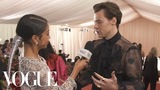 Harry Styles on His Sheer Gucci Outfit and Being Met Gala Co-Chair | Met Gala 2019 With Liza Koshy thumbnail