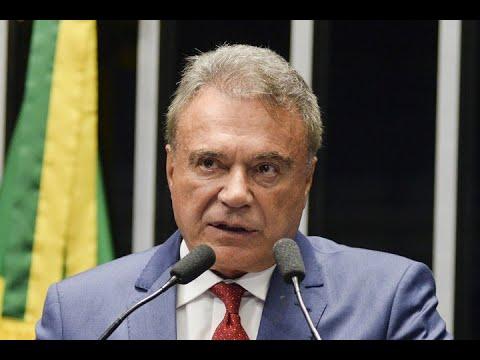 'Um sistema já condenado pela opinião pública', diz Alvaro Dias sobre modelo de governança no país