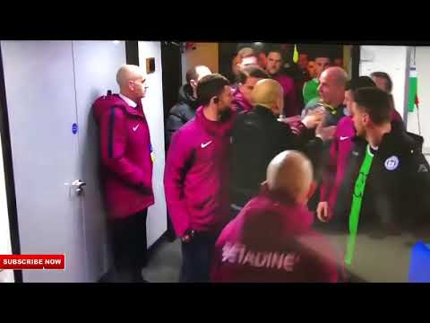 Pep Guardiola pelea con Paul Cook técnico de Wigan