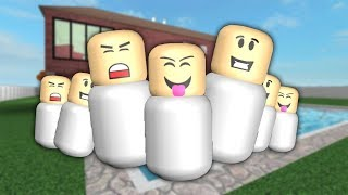 ROBLOX: THE INVASION OF MESSY BABIES! -Play Old man