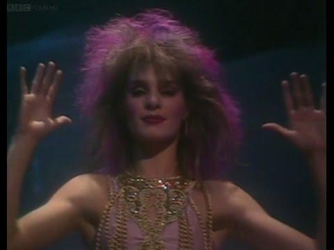 Sue Menhenick - I'll Find My Way Home - TOTP TX: 17/12/1981