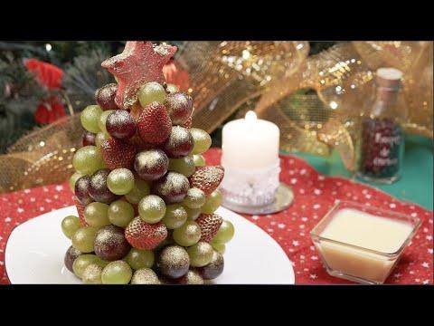 Árbol de fruta con dip de chocolate blanco