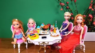 Restaurant ! Elsa and Anna toddlers and Barbie - Pizza - Food