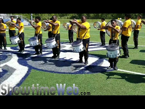 Edna Karr vs Whitehaven Drumline Battle 2018
