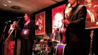 Matchbox Blues Band feat. the very pregnant Jessica Born - Good Rockin