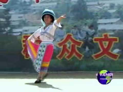 项定秀苗家小姑娘 Nkauj Ntxhais Hmoob - Hmong Dance