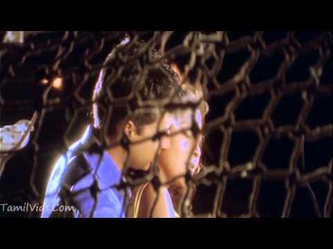 Yea Asainthadum -   Paarvai Ondre Podhume HD