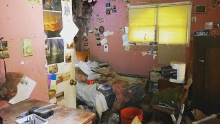 GRANDMA'S ABANDONED HOUSE FOUND FILLED BEDROOM *EVERYTHING STILL INSIDE
