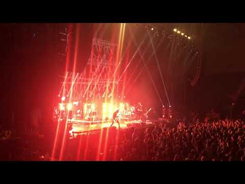 Papa Roach 'Crooked Teeth', 'Getting Away With Murder' Live in Grand Rapids 2/20/18