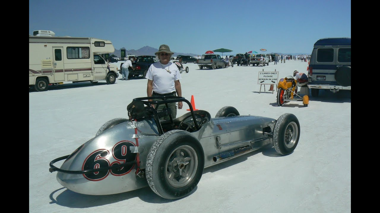 60s Indy Car at Bonneville - YouTube