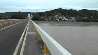 Rio Marabasco en el puente de Cihuatlán.