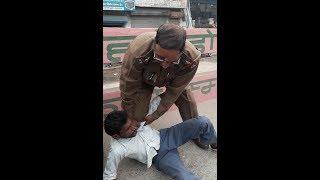 Karnal Police Thanedar Ne Truck Driver Ko Peeta Watch Maarpit Live Video