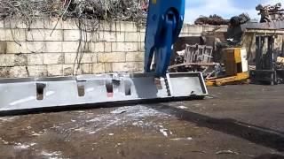 7-и тон. ножницы по металлу ARDEN - резка швеллеров и балок 800 мм и больше(Сайт: http://www.arden-equipment.ru/ Док. http://www.arden-equipment.ru/wp-content/files/9.pdf aev@arden-equipment.com (7) 495 660 20 17 - (7) 926 52 47 ..., 2015-01-04T11:18:41.000Z)