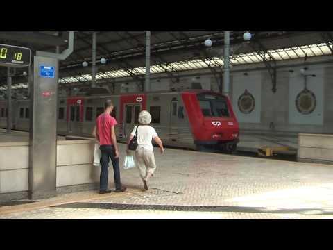 リスボンからシントラに行きの電車に乗るロシオ駅Estação Ferroviária do Rossio