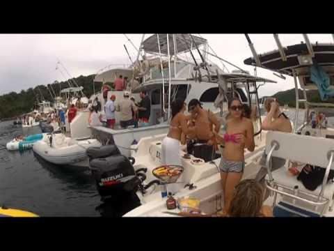 Boat Party @ Taboga Island Panama - Alquiler de Botes y Yates en Panama - PanamaSailingTours.com