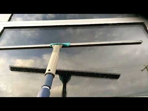 M.A.W. Mondays How to squeegee a partially dry window without streaking or re-wetting