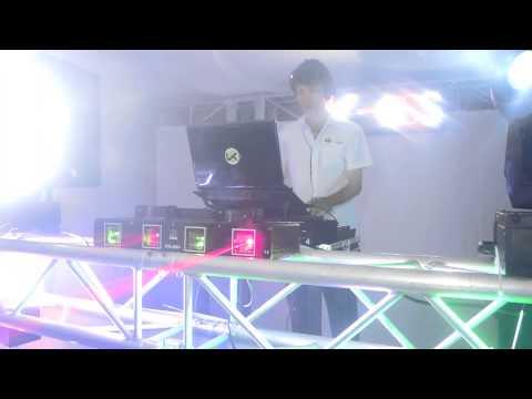 PROMO  V. I. P   PARTY.   DJ DIEGO MORENO. K-OSS MOVIL CLUB. 22-03-2014