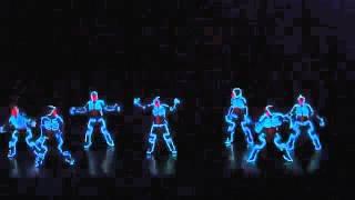 Невероятные световые танцы