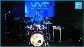 Repeat youtube video Vriese Music Palace - Drumclinic Ton Dijkman: Ik leef niet meer voor jou (Marco Borsato)
