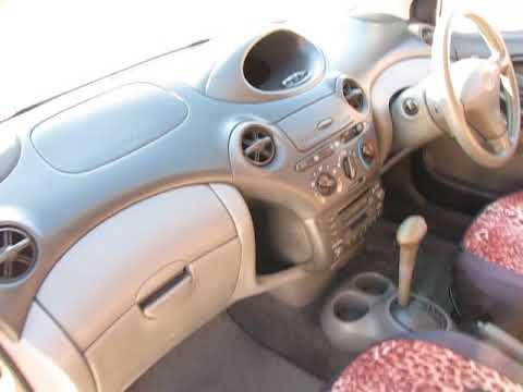 Обзор Toyota Vitz 2000 г в SCP10