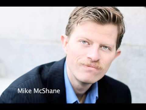 Mike McShane sings Learnin' the Blues
