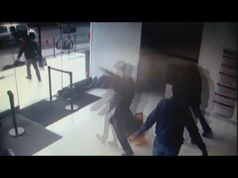 Gunmen storm Colombian hospital in daring...