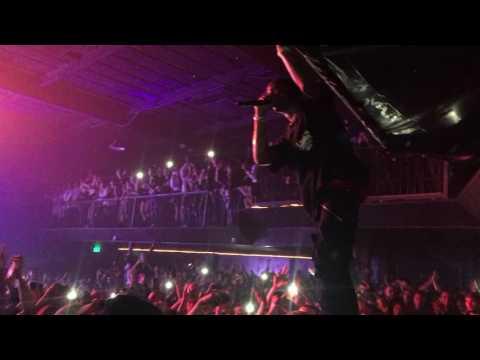 Goosebumps LIVE Travis Scott crazy performance