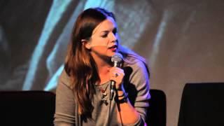 Amber Tamblyn talks Russ Tamblyn  — Running Late with Scott Rogowsky