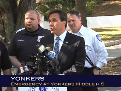 Mayor Spano addresses Yonkers Middle High School after emergency evacuation