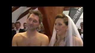 اغرب زفاف في العالم العريسان عاريان - جراءة نيوز.flv