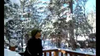 Extreme cold Ruidoso New Mexico - Boiling water freezes in mid-air