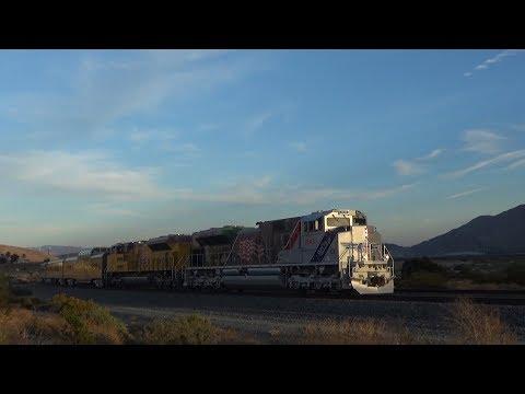 HD - The Spirit of Union Pacific! UP 1943 Chase Throught the Sunset Route!