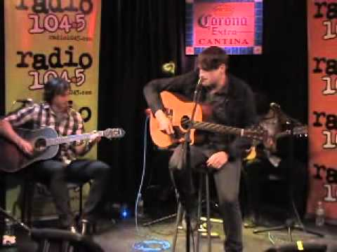 Valencia - Listen Up (Live Acoustic Radio 104.5)