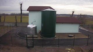 Биогазовая установка | Biogas plant(http://integro.co.ua Строительство малой биогазовой установки по переработке 1 тонны чистого куриного помета в..., 2015-05-18T15:13:34.000Z)