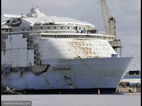 Construction de l'Oasis of the Seas (2007) - YouTube Oasis Of The Seas Construction
