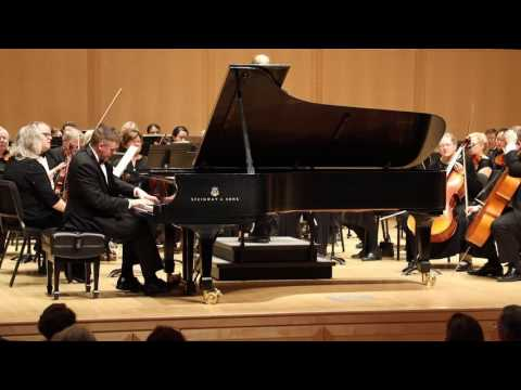 Tchaikovsky Concerto No.1 (1st Mvt) and La Campanella (Encore) - Josh Wright