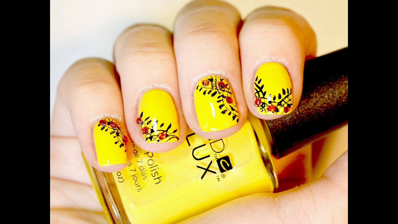 Easy Yellow and Black Nail Art for Short Nails - YouTube