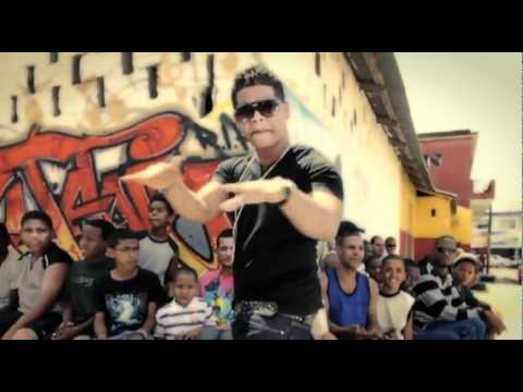 El Batallon - Metiendo Presion Remix (Video)