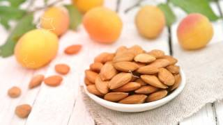 видео абрикосовые косточки от рака как принимать