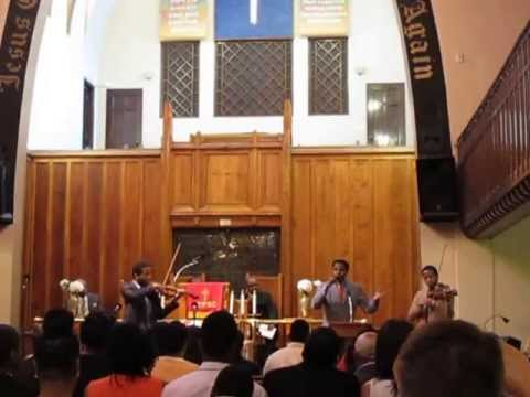 Harlem Gospel Church Service - Amazing Grace