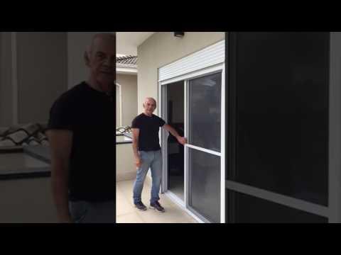Tela mosquiteira para janelas e portas de correr